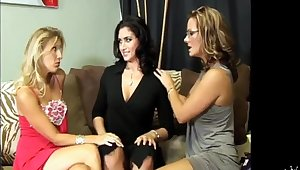Bianca and her friends made a really private threesome