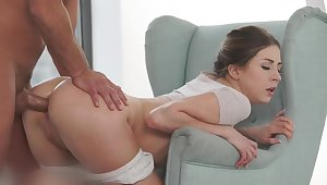 30-year-old Slav very authoritatively asked to work on her fat ass