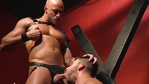 Rough servitude with an increment of BDSM for the naked gay slave