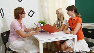 Ugly strict grown-up whorish tutor Lera joins girls for masturbation