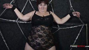Submissive chubby mature streetwalker Hana has to relating to a handjob