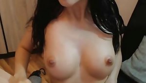 My girlfriend loves dildoing her pussy on webcam live