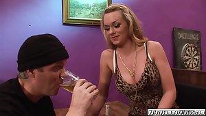 Seduced Valery Summer and hot girlfriend lucky