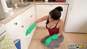 Wild having it away close by cock hungry cleaning lady Michelle Martinez